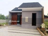 Dijual - 10 menit Margonda! Rumah diskon 50 juta plus free AC, TV, sofa! Booking fee 300 ribu! SHM