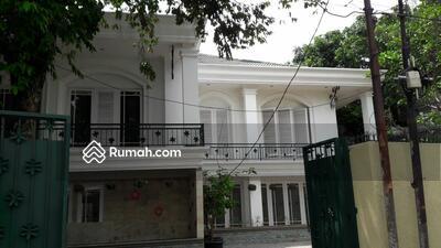Dijual - Dijual Rumah Asri 2 Lantai di Ampera Jakarta Selatan