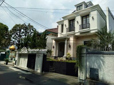Dijual - Dijual Rumah Mewah Baru di Kemang Barat Jakarta Selatan