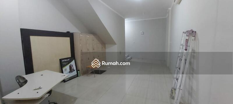 Ruko di PIK Manyar Permai 3,5 Lantai #107851766