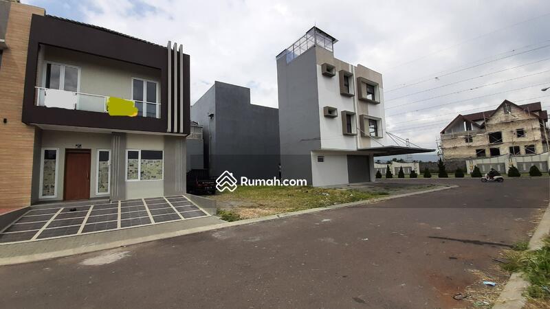 Dijual Rumah Baru di Singgasana bagian depan. Bangunan bagus #107863618
