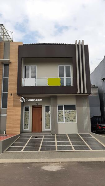 Dijual Rumah Baru di Singgasana bagian depan. Bangunan bagus #107863630