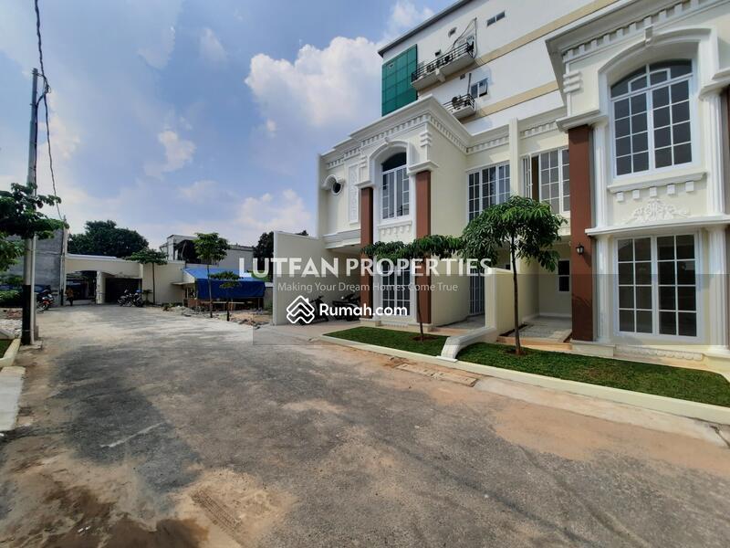 Rumah Mewah Harga Murah Condet Jakarta Timur Depan Jalan Raya #107896256