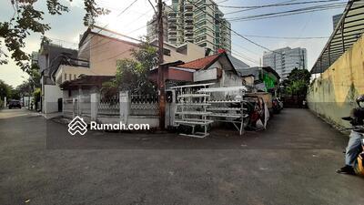 Dijual - Rumah Lama Hitung Tanah Di Pancoran Dekat Jalan Raya
