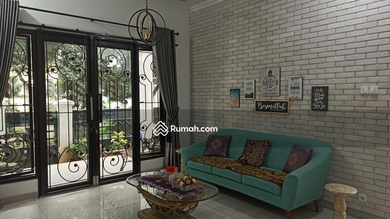 Dijual rumah siap huni dalam komplek Di Ciracas Jakarta Timur #108094308