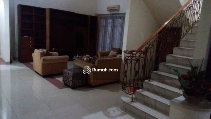 Dijual Rumah Mewah di Jl Tosiga Kebon Jeruk #108104640