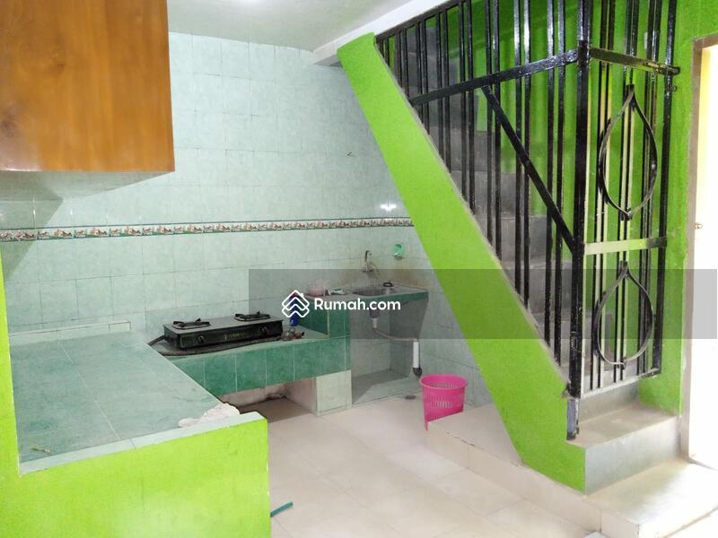 Rumah di kawasan Manahan tengah Kota Solo #108130482