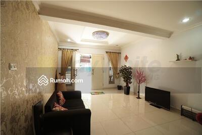 Dijual - Rumah Keluarga Bagus Siap Huni Tanjung Duren