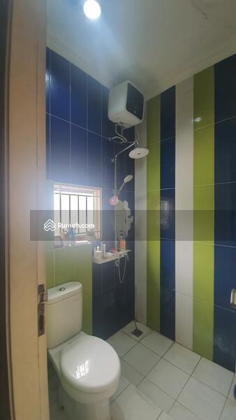 Di jual rumah siap huni 2,5 lantai di Ketapang, Cipondoh Serpong #108276190