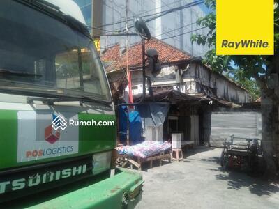Dijual - Dijual Rumah SHM di Jalan Bunguran, Surabaya