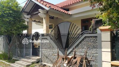 Disewa - Disewakan Rumah 1, 5 Lantai, Hook, Jl. Manyar Tirtoasri IX Surabaya