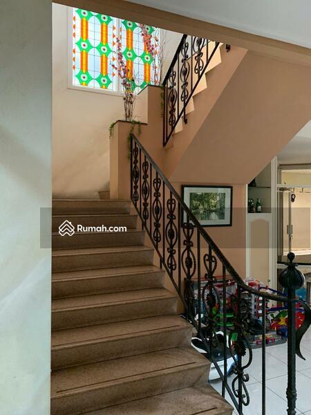 Rumah 2 lantai siap huni di Kamboja Tomang Jakarta barat #108528042
