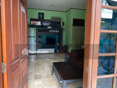 Disewa - Rumah Disewakan dalam komplek, aman, strategis di Pancoran Mas Depok