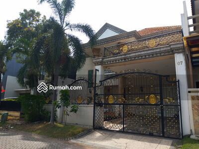 Dijual - Jual Rumah Klasik Graha Family dekat Club House Roca full renov siap huni