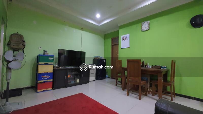 Rumah siap Huni 2 Lantai luas 114m2 type 5KT Utan Kayu Selatan Jakarta Timur #108561664
