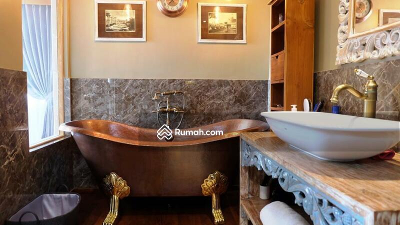 Dijual Villa di Seminyak, Lokasi Strategis dan Full Furniture   IT 519 #108621266