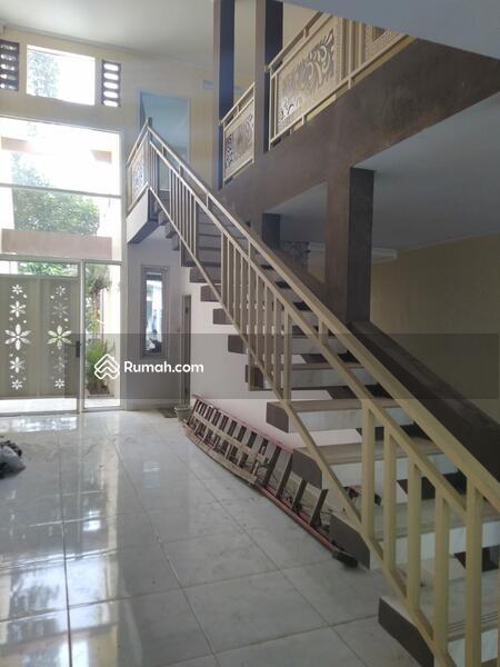 Rumah Dijual 2 Lantai Siap Huni Dekat Transmart Cibubur #108706986