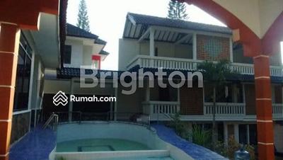 Dijual - Dijual Villa Sekuti Pasuruan ada kolam renang