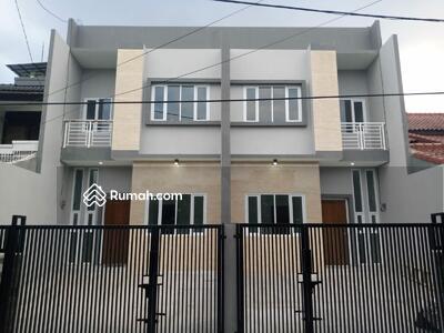 Dijual - Rumah baru minimalis