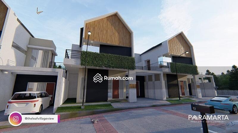 Rumah minimalis modern di kota malang #108768360