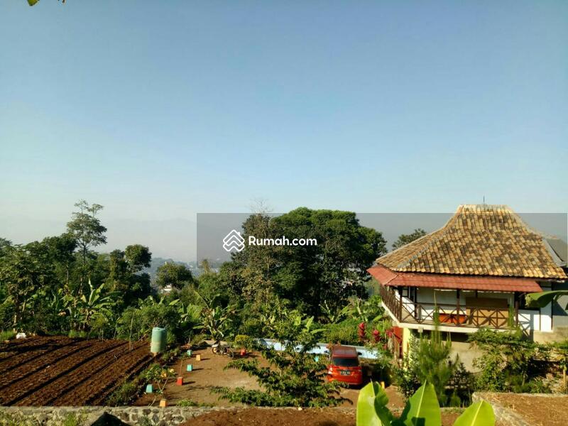 Villa Kayu 2 Lantai + Tanah Yang Luas Pasir Impun Bandung #108854008