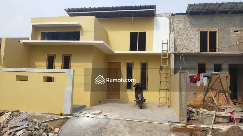 Rumah  di jual di harapan indah #108933266