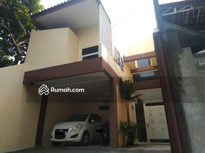 Dijual - Rumah Siap Huni Luas 2 Untuk Keluarga Besar 3 Kamar Tidur 3 Kamar Mandi Jatisampurna Dekat Cipayung