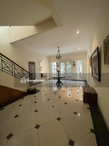 SALE !!! Rumah Cantik Dengan Private pool Di Pondok Indah Jakarta Selatan #108996102