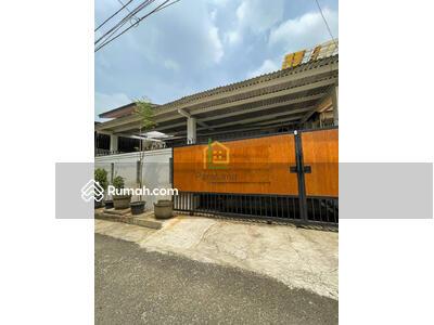 Dijual - Andre Tjhia Duri Kepa Rumah Sangat Terawat Carport dan Jalan Lebar