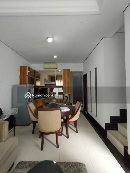 Dijual Cepat Town House Terdiri dari 4 Unit Rumah 3lt Siap Huni Murah Strategis, Nyaman di Cilandak #109141306