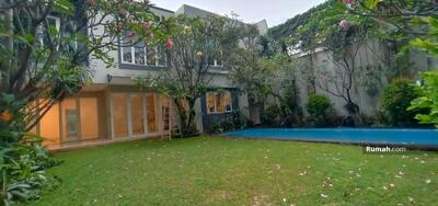 Dijual - For Rent Beautiful 4BR House inside Compound at Kemang