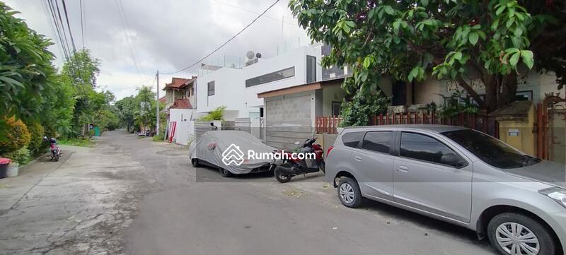 Renon ~ Tanah  848 m² bonus bangunan rumah layak huni sudah ada IMB #109156972