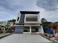 Dijual - Rumah Mewah Murah 2 Lantai DP 0% Dekat Tol Sawangan Depok