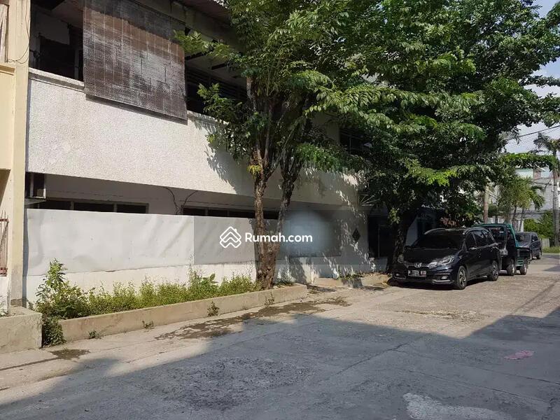 Rumah 2 Lantai Di Jelambar, Jakarta Barat.(Kode rmrg1145) #109189018