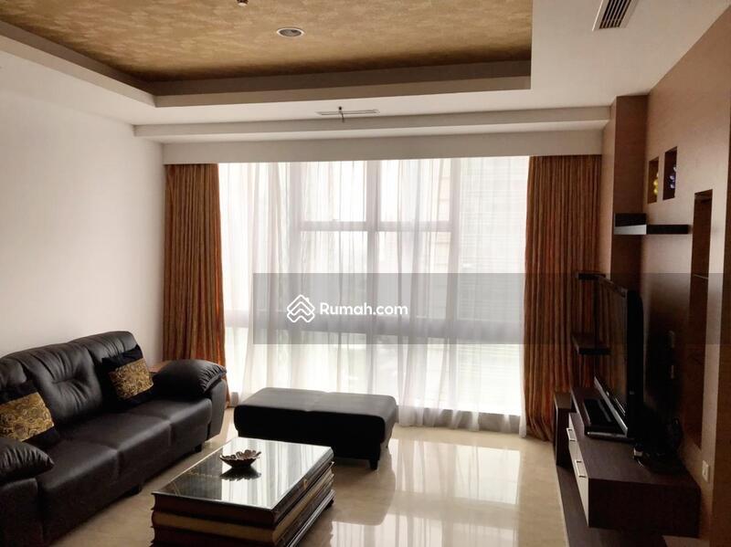 Disewakan Murah 3 Bedroom 3 BR Full Furnished Luas 171 sqm Apartemen Capital Senayan Jakarta Selatan #109191424