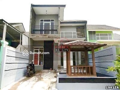 Dijual - Rumah 2 Lantai Moderen Style