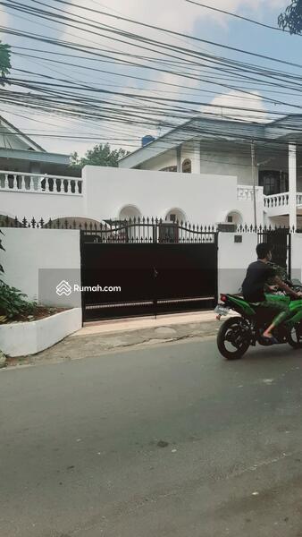 Rumah siap huni proses renovasi di Pancoran Jakarta Selatan #109268786