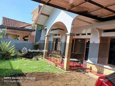 Dijual - MURAH! ! Banting harga khusus minggu ini Rumah murah di dalam komplek di jl pesantren lt 262 harga 1,