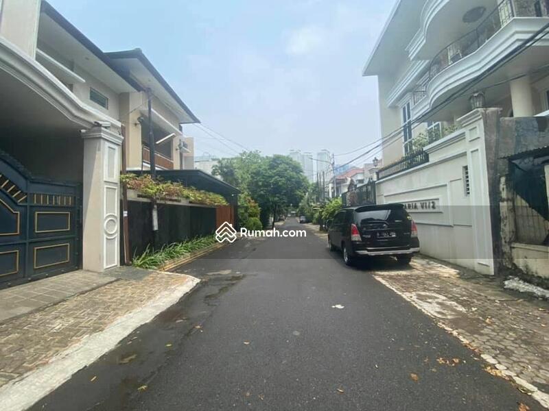 Rumah hitung tanah Gandaria Kebayoran Baru Jakarta Selatan #109275054