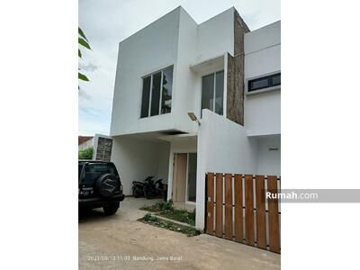 Dijual - DIJUAL CEPAT! !rumah baru siap huni di padasuka bandung dekat saung udjo