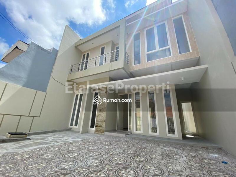 Rumah Sutorejo Selatan #109294690