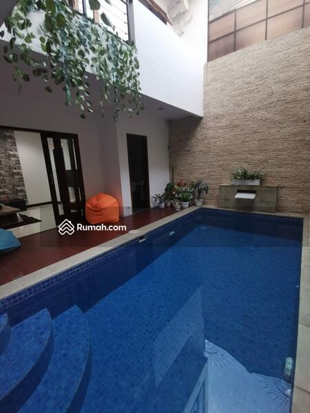 Dijual Rumah Mewah Di Bintaro Sektor 9 #109312924