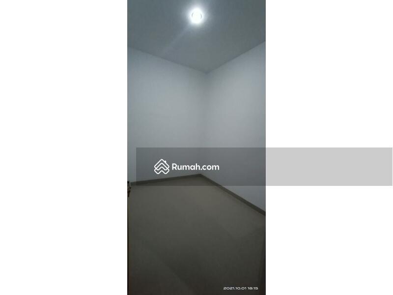 Rumah Baru Komplek Cluster Minimalis dekat Kota Baru Parahyangan Bandung 15  menit akses Tol #110674658