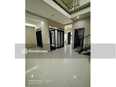 Dijual - DIJUAL Rumah Mewah terawat di Tenggilis Surabaya