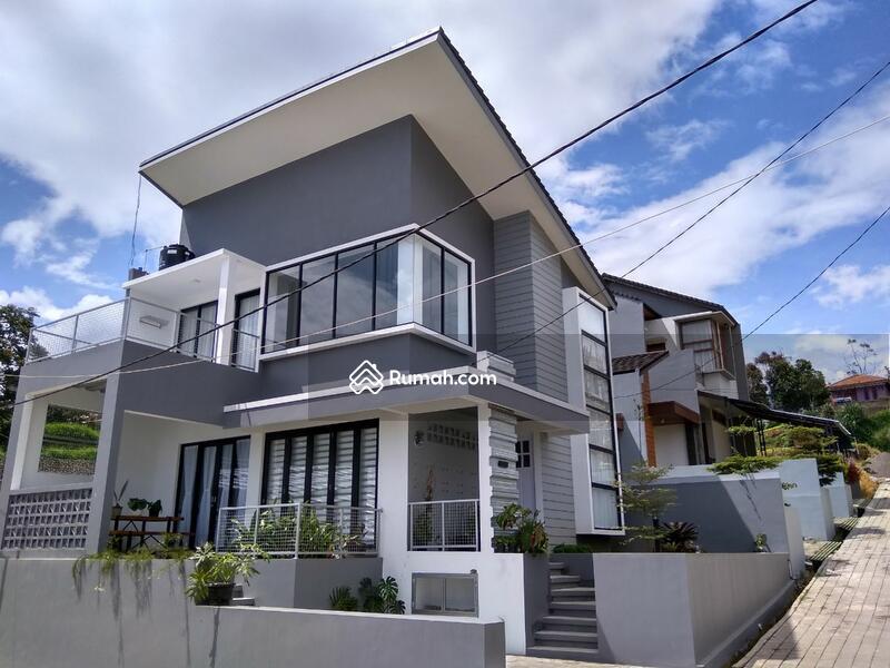 Rumah Custom Lembang #109326452