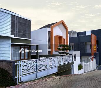 Dijual - Rumah Custom Lembang