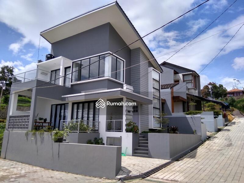 Rumah Custom di Lembang #109327240