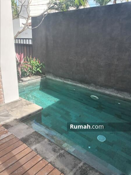 DO 023-For monthly rent semi villa 2 bedroom di kawasan kerobokan #109329646