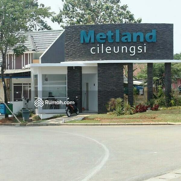 Rumah Dua Lantai di Metland Cileungsi #109337788