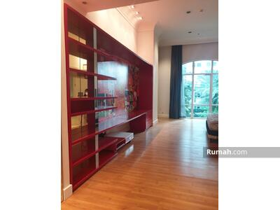 Dijual - 70535 Dijual Apartemen Pakubuwono Residence Tipe Townhouse 2lt Elegant Private Pool , Siap Huni